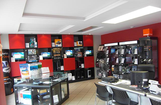 d35ebe6c5c7e0d Posiada bogato wyposażony sklep komputerowy oraz serwis elektroniczny i  informatyczny. Celem firmy jest dostarczanie kompleksowych rozwiązań dla  firm oraz ...